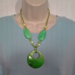 """*HP* Womens necklace 18"""" Green Shell Lobster claw"""